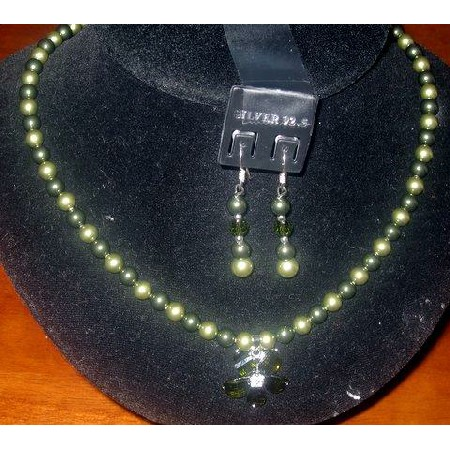 Swarovski Green Pearls Necklace Set
