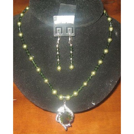 Swarovski Green Pearls & Crystals Necklace Pendant Handcrafted Jewelry