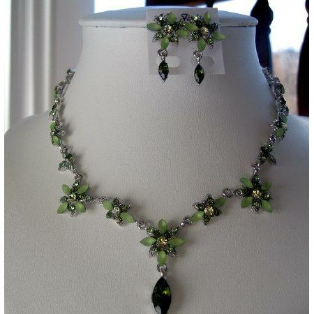 Vintage Style Necklace Set Green Crystals