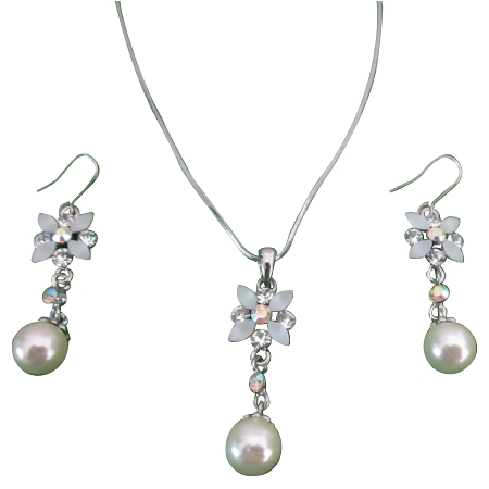 White Enamel Flower Necklace Set w/ Pearl Dangling Set Beautiful Jewelry