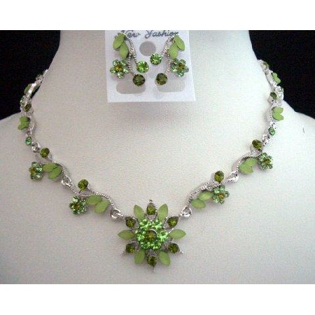 Vintage Green Enamel Necklace & Earrings Set w/ Crystals In Green