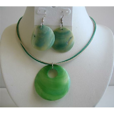 Striking Green Shell Jewelry Set Very Beautiful Shell Necklace Set