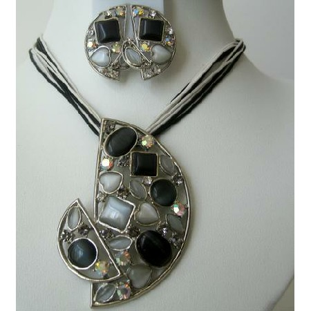 Stunning Jewelry Crystals & Simulated Stones Onyx Pendant Necklace Set