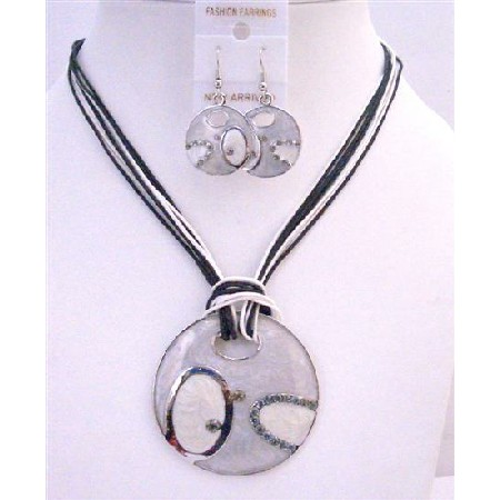 Grey Round Pendant Jewelry Necklace Black & White Thread Necklace Set