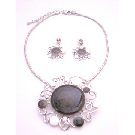 Beautifully Painted In Black White Designer Round & Earrings Necklace