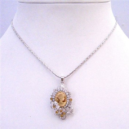Vintage Jewelry Ethnic Colorado Lady Cameo Victorian Pendant Necklace