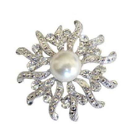 Beautiful Round Cubic Zircon & Pearls Victorian Brooch Pin
