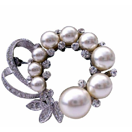 Bridal Pearls Cubic Zircon Decorated Spread Brooch Pin