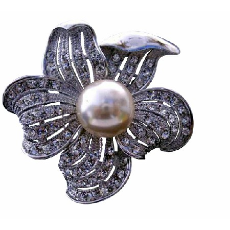 Elegant Sunflower Pearls Brooch Pin with Cubic Zircon Bud