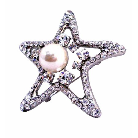StarFish Vintage Brooch with 12mm Pearls as Fish Eye