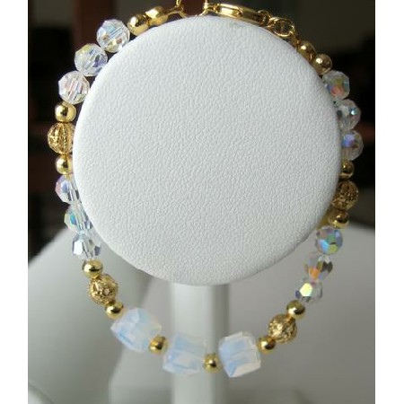 Gorgeous!! AB Crystals w/ GOld Plated Beads Bracelet
