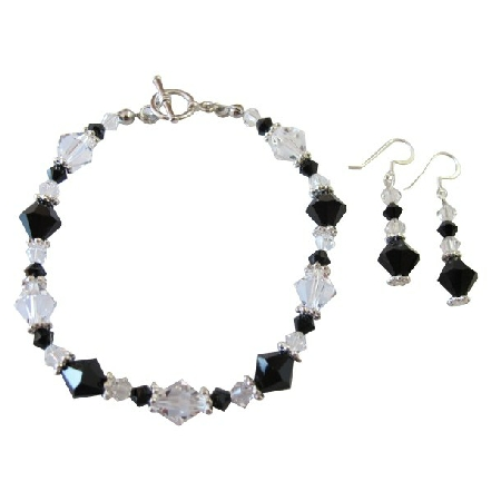Gorgeous Fashionable Jet & Clear Crystals Dainty Bracelet
