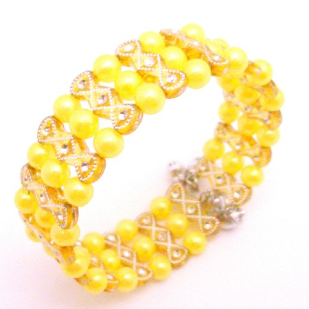 Striking Yellow Pearl Bracelet Return Party Gift Jewelry