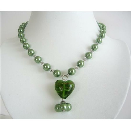 Cultured Green Pearl with Glass Heart Pendant Necklace Accessory