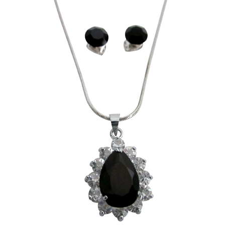 Black Stone Oval Pendant Surrounded w/ Cubic Zirconia Jewelry Set
