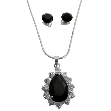 Black Stone Oval Pendant Surrounded w/ Cubic Zirconia Jewelry Set